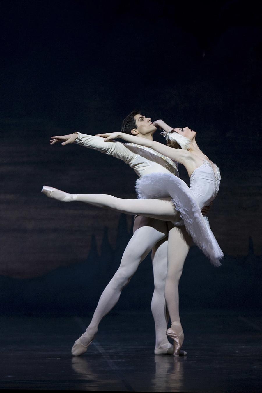 Roberto Bolle e Svetlana Zacharova, il Lago dei Cigni Teatro alla Scala 2007