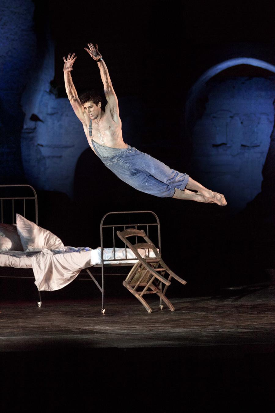 Roberto Bolle, Le Jeune Homme et la mort, coreography Roland Petit